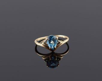 Blue Topaz Diamond Pear Cut Chevron Band Ring Size 3.5 Gold