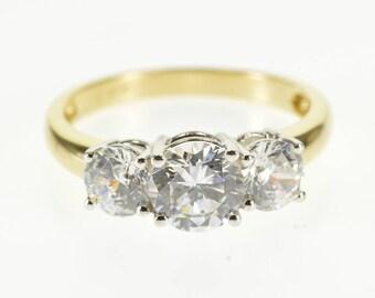 14k Round Brilliant Cut Travel Engagement Ring Gold