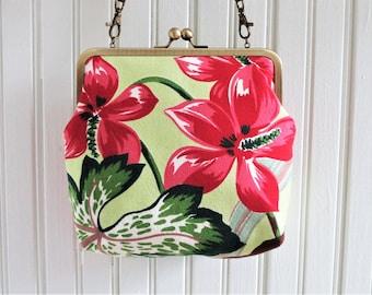"""Large Scale Pink Woodland Flower Leaves on Light Lime Ground Vintage Barkcloth Fabric 8"""" Antique Brass Kisslock Frame Crossbody Shoulder Bag"""