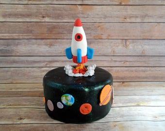 Rocket Ship space Theme Cake Decorating Kit (100% Edible)