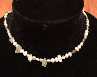 Vintage 1970s Raw Pearl and Peridot Neklace ...
