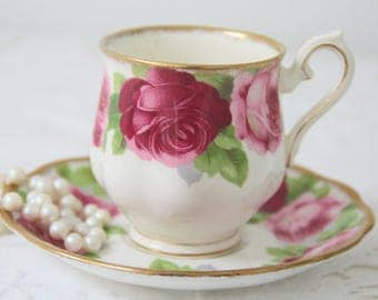 Vintage Royal Albert Bone China 'Old English Rose' Lady Size Cup and Saucer, Beautiful Pink Rose Decor, England
