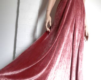 Stunning Original 1960's Crushed Pink Velvet Halter Neck Dress by 'Bernshaw' - Size Small