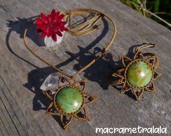 Macrame Flower Necklace & Bracelet Set. Chrysoprase and Garnets. Elegant Wife Gift. Capricorn Jewelry Boho Bridal Jewelry by Macrame Tralala
