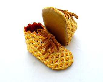 Mustard yellow shoes, 6-9 month baby booties.