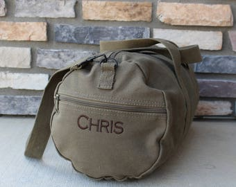 "Groomsmen Gift - 24"" Duffel Bag - Gym Bag - Bridesmaid Gift - Gym Bag - Embroidered Duffle Bag - Canvas Weeken Bag - Monogrammed Bag"