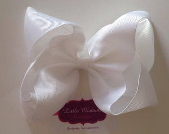 6 inch white boutique bow
