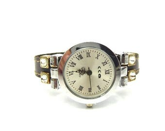 Watch grey leather and magnetic clasp and rhinestone loops