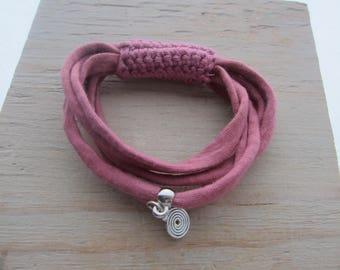 Fabric bracelet, hook and bracelet trapilho, women bracelet, textile jewelry, Bohemian jewelry, textile accessory, gift Christmas friend