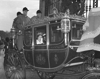 Young Queen Elizabeth in the Irish State Coach, numbered print from high quality glass negative