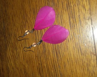 Handmade pierced earrings hand made feather pink