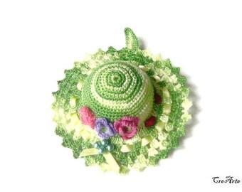 Shades of Green crochet hat pincushion, Cappellino puntaspilli verde sfumato all'uncinetto