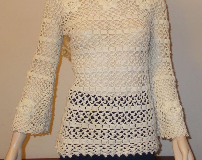 Vintage 70s Mod Hippie Chic Leroy Knitwear Acrylic Cream Off White Floral Womens Long Sleeve Pullover Sweater Top Size M
