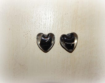 2 silver color heart shaped black and silver 18 * 20 mm