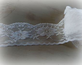 lace color white - 100 cm long and 6.5 cm wide