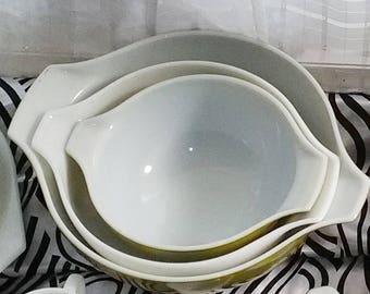 A Set of Three (3) Pyrex Spring Blossom Cinderella Mixing Bowls