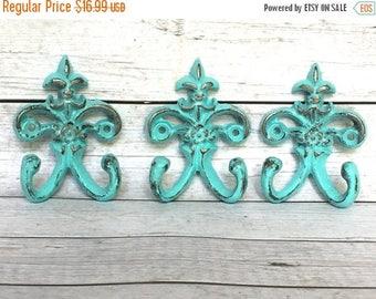 ON SALE Shabby Chic Key Hook - Turquoise/ or Choose Color - Entryway Wall Hooks - Wall Key Holder - Shabby Chic Decor - Fleur de Lis Wall De