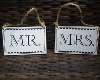 "Wedding sign ""Mr and Mrs""  Wooden signs."