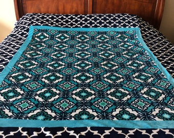 Minki soft cuddle blanket