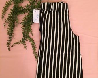 Girl's pants, trousers, capri pants, panta three-quarters, stripe black/white