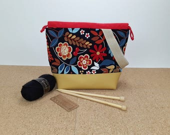 Field Bag, big project bag for knitting or crocheting, project bag, handmade bag, crochet Knittingbag size M