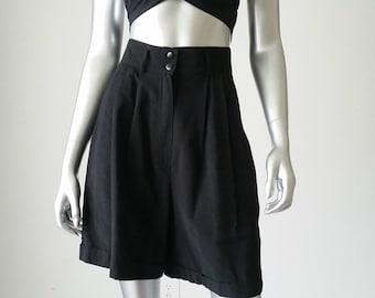 Vintage 80s High Waisted Shorts | Black High Waisted Shorts | High Waisted Pleated Shorts | High Waisted Cuffed Shorts | 26 Waist |