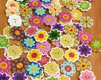 2 hole wooden buttons, cute flower buttons for sewing, crafts scrapbooking. 10 butons per pack. 19mm wood buttons