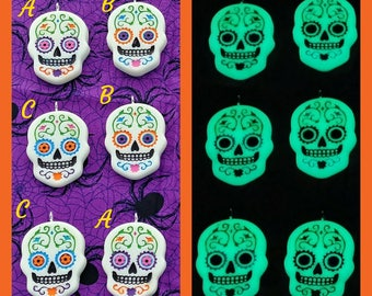 Sugar Skulls/Day of the Dead glow in the dark Necklace
