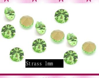 20 rhinestone tapered green size 1 mm x 1.5 mm