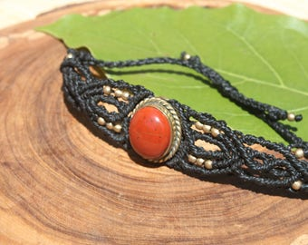 Bracelet in macrame with Red Jasper.