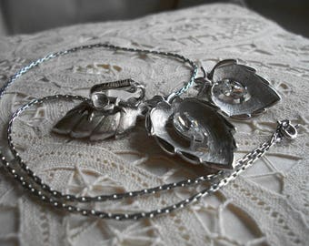 Sarah Coventry Necklace & Earrings