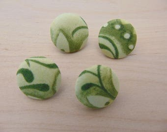 fabric 4 buttons x 19mm green leaf TOUR6