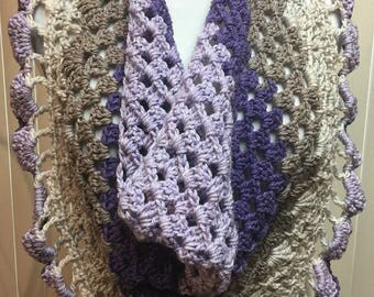 Button Triangle Scarf, Bandana Scarf, Purple Crochet Scarf, Gifts for Her, Fashion Scarf, Crocheted Scarf, Buttoned Scarf, Button Shawl