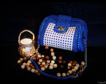 Blue Ribbon and crochet bag cane