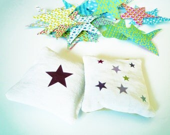 Lavender sachet pillows with white linen with star shaped