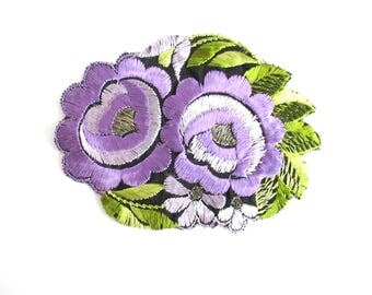 Silk Flower applique, 1930s Vintage floral patch Sewing supply. #6ADG9AK4