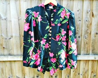 Vintage Blouse - Tailored - Romantic - Floral - Long Sleeved - Shoulder Pads