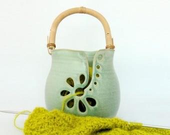 Big yarn bowl, green, with handle, Stoneware