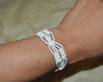 Spring flower hemp bracelet