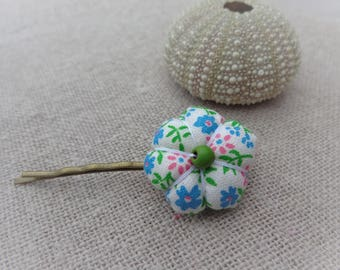 Japanese fabric flower with green and blue flowers 2.2 cm Barrette