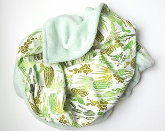 Minky baby blanket, cactus blanket, cotton and minky blanket, cactus baby blanket, soft minky blanket, baby gift, desert nursery