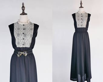 Lace Carved Ruff Collar Sleeveless Black Vintage Maxi Dress Size M