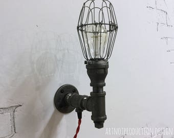 Industrial steampunk wall sconce.  *FREE SHIP*