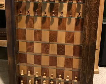 Straight up chess, vertical chess set
