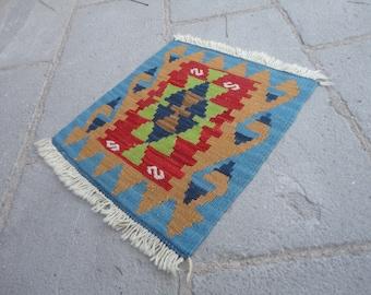 FREE SHIPPING !!!Kilim rug ,Turkish vintage rug, entrance rug,gift rug 17 x 15 country decor,boho rug,pileless rug,flat woven rug,small rug