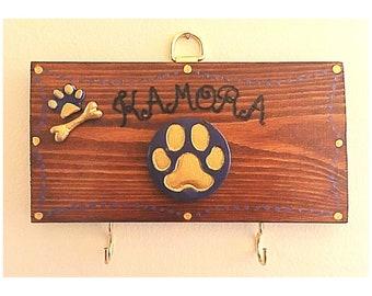 Dog lead hanger