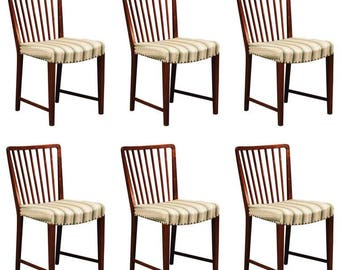 Set of Six Walnut Wood Dining Chairs by Ole Wanscher for Fritz Hansen