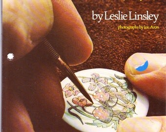 Scrimshaw (Hole Punched): A Traditional Folk Art, A Contemporary Craft Paperback 1976 Paperback