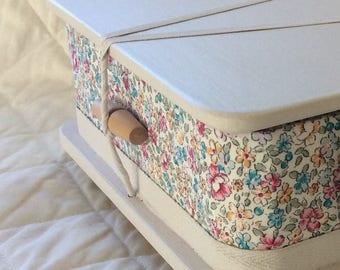 Blossom - ash casket for a child