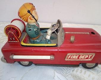 Nomura. Pompier. Jouet tôle. Vintage. Old tin toy. Collection. Japon.